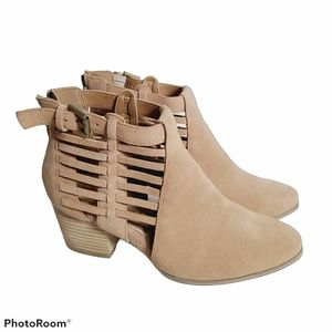 Sole Society Leather Bootie Size 7.5 Side Cage Tan